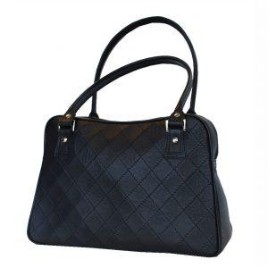 Dámska prešívaná kožená kabelka v čiernej farbe