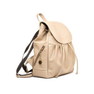 Dámsky kožený módny ruksak z prírodnej kože v slabo hnedej farbe