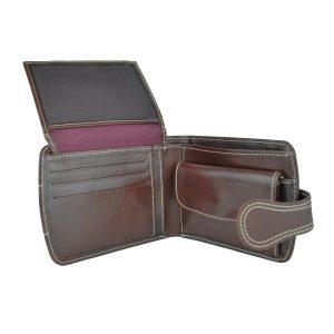Elegantná kožená peňaženka v tmavo hnedej farbe