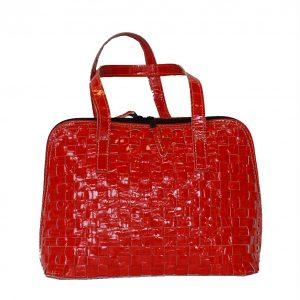 Elegantná pletená kožená kabelka v červenej farbe