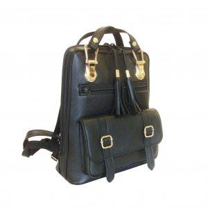 Praktický módny ruksak z prírodnej kože v čiernej farbe