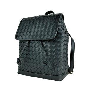 Ručne pletený kožený ruksak z pravej hovädzej kože v čiernej farbe
