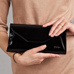 Čierna lakovaná dámska listová kabelka W55 ROVICKY