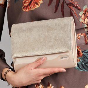 Púdrovo-zlatá lakovaná dámska listová kabelka W49